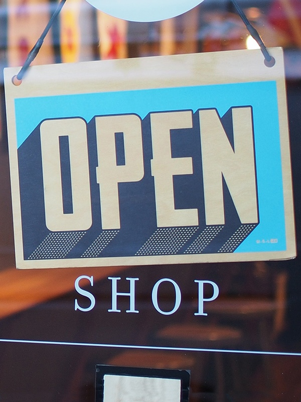 shop-open-sgin-vertical-web